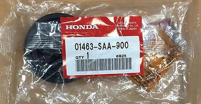 Пыльник суппорта— замена / Honda Civic Ferio
